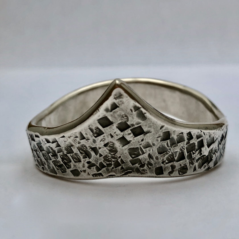 nyte-odin–structure-hammered-sterling-silver-1